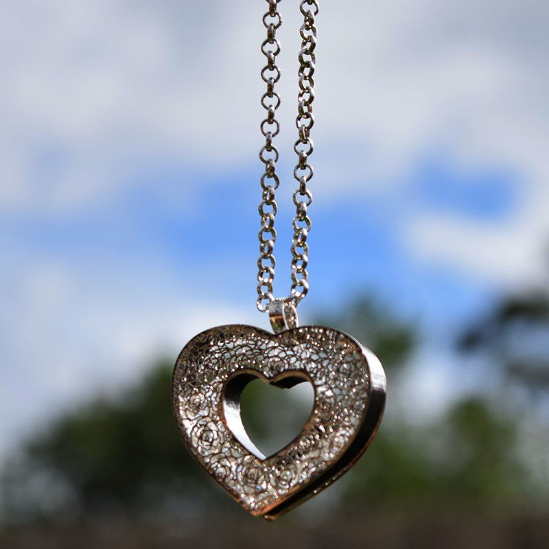 Silver Heart Crystal necklace shiny