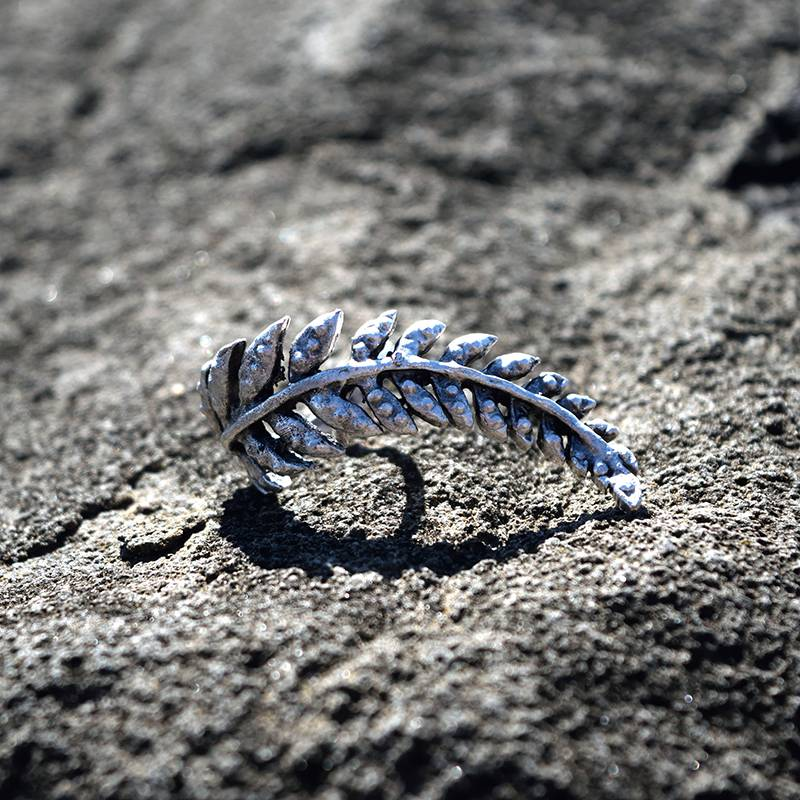 Silver Leaf Ring Closeup