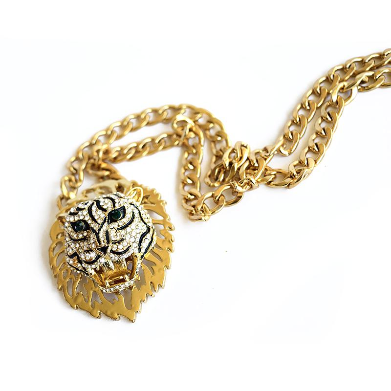 fierce lion necklace
